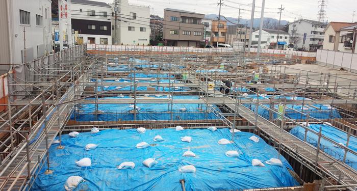 大阪高槻トヨタ