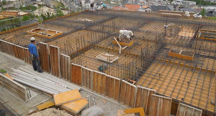 宝塚市壁式構造物
